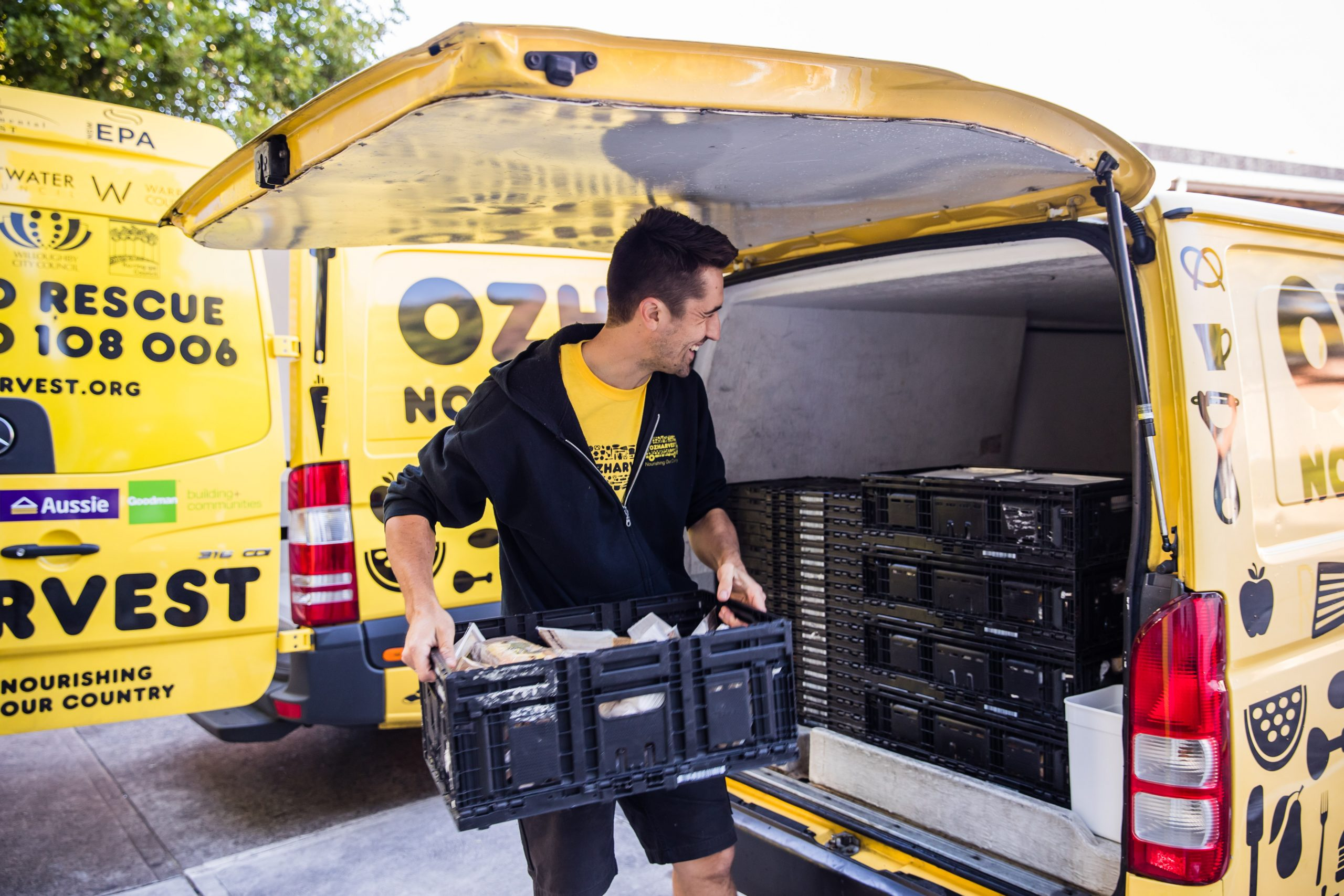 Ozharvest-food-rescue_loading-van_nikkito-1-scaled